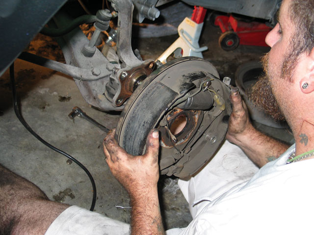 1968 Ford Mustang Disc Brakes Removing The Backing Plate From The Spindle