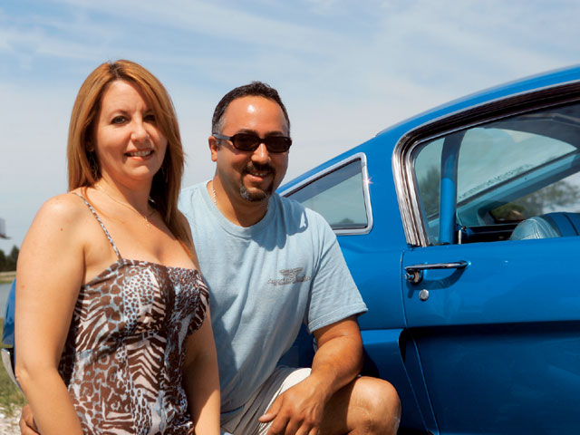 NMRA All Ford Auto Show Rey And Liz Perez