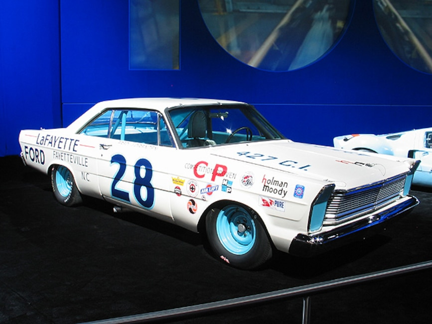 0312mm_05z Ford_Galaxie Front_Passenger_Side_View
