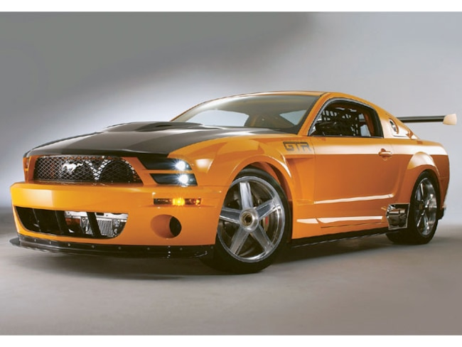 M5lp 0408 08 Z 2005 Ford Mustang Gtr Low Front Shot