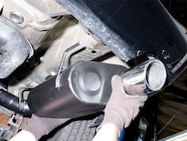 Mump_0612_01z 2005_ford_mustang Install_exhaust