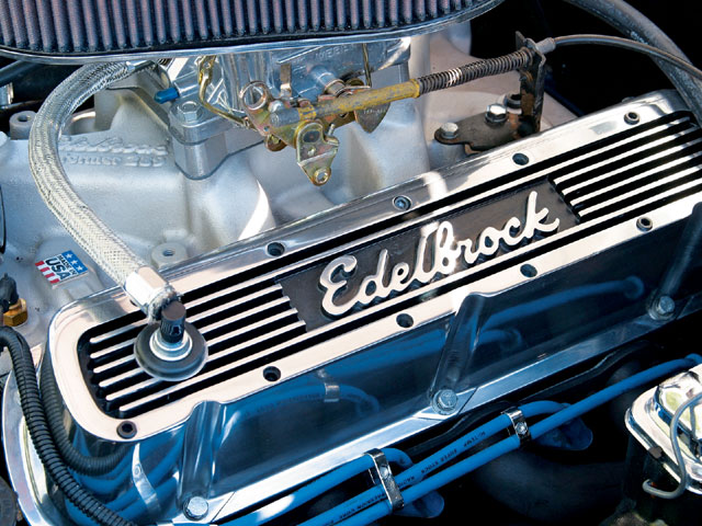 1976 Ford Mustang Engine View
