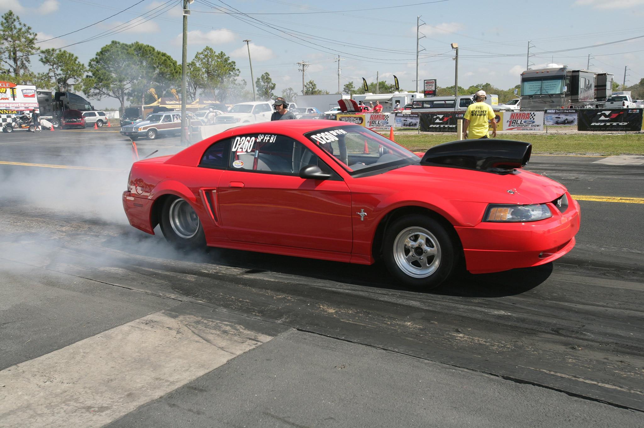2015 Nmra Mustangs Burnout Black Red