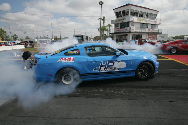 2015 Nmra Mustangs Burnout Blue Hp