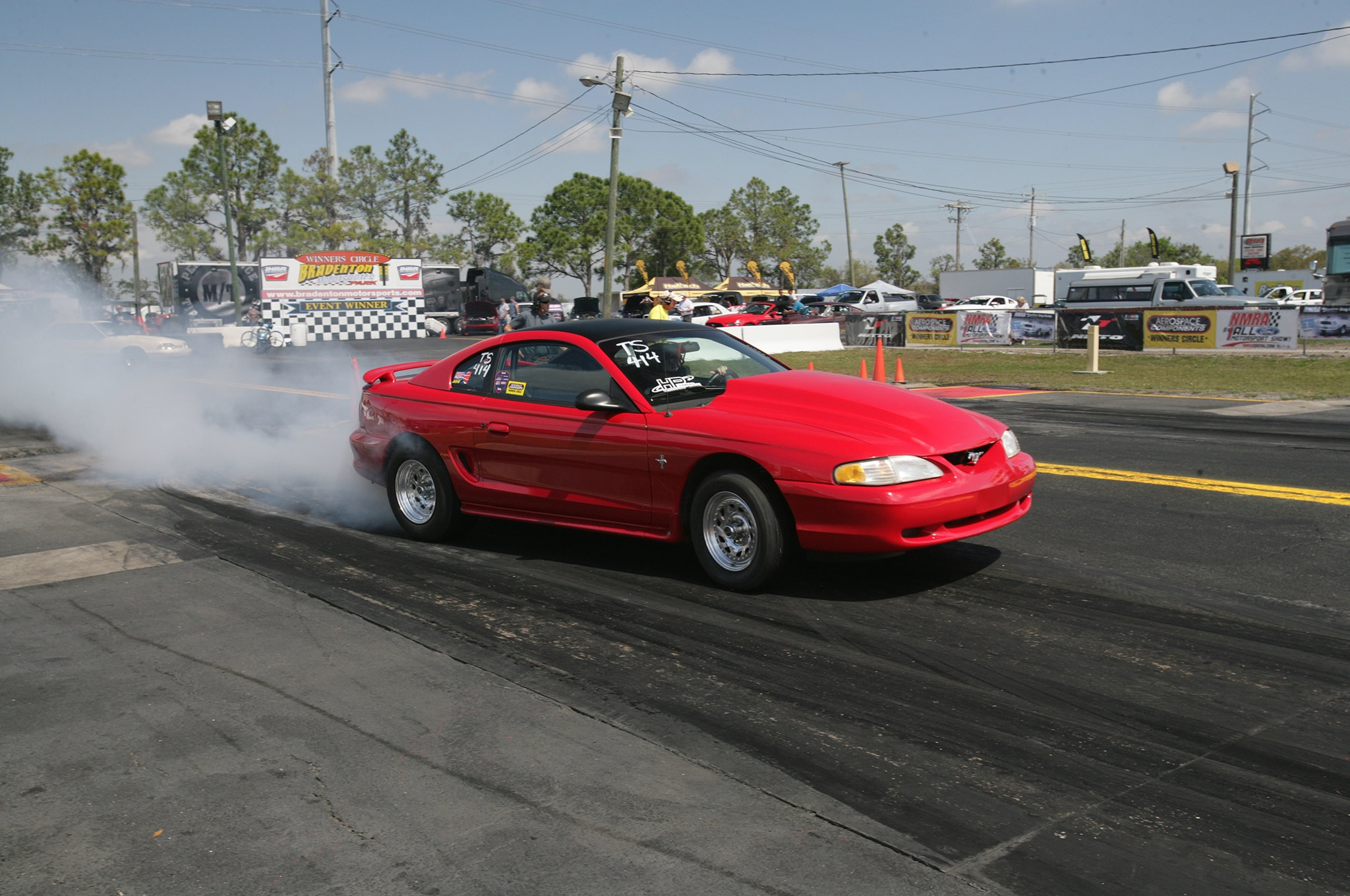 2015 Nmra Mustangs Burnout Red Front Quarter
