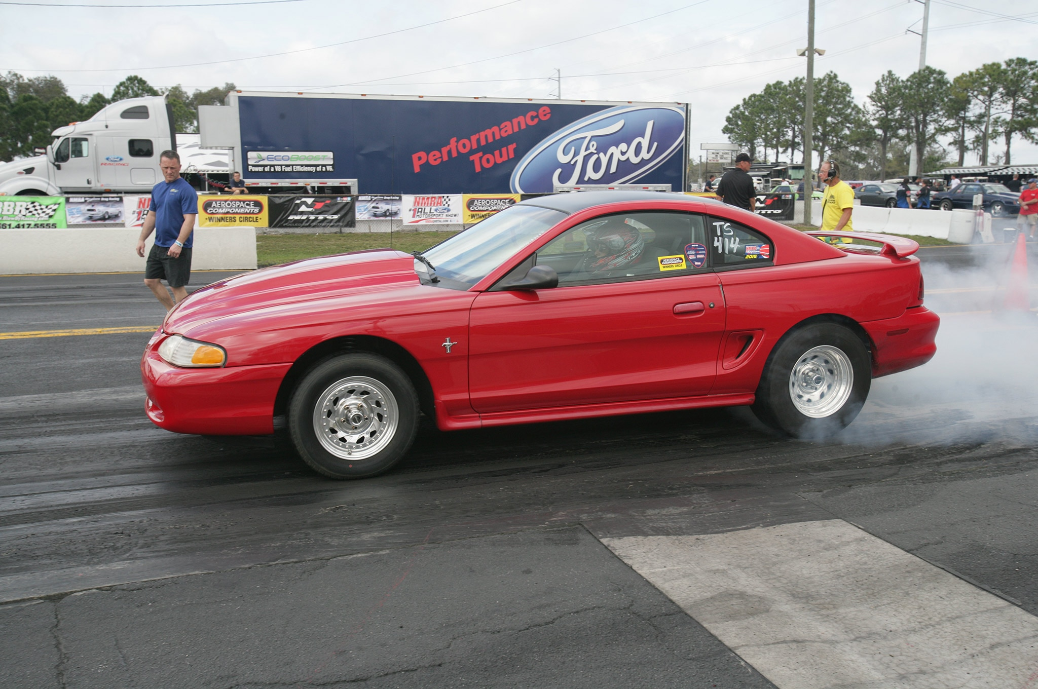 2015 Nmra Mustangs Burnout Red Side