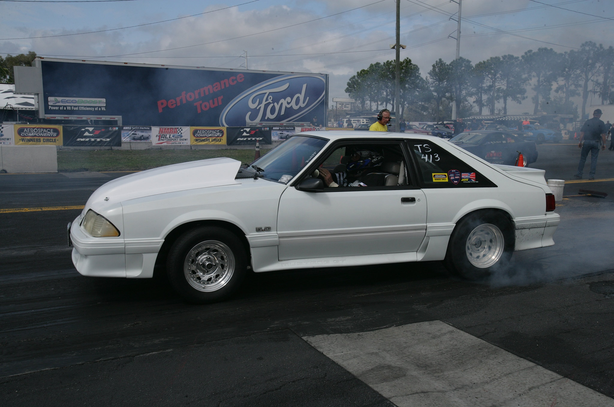 2015 Nmra Mustangs Burnout White Fox Body