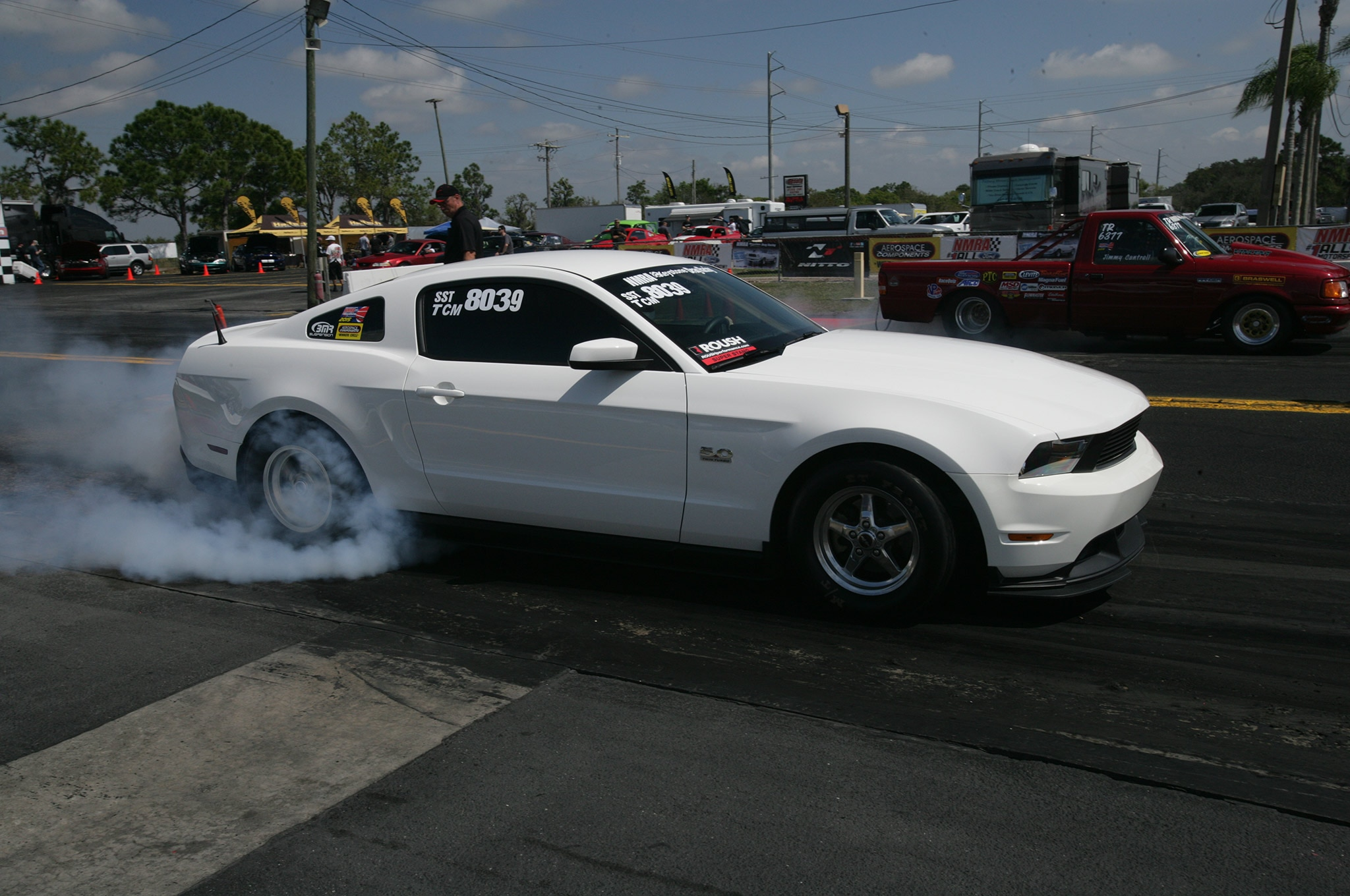 2015 Nmra Mustangs Burnout White Passenger Side