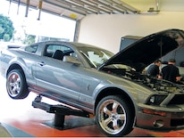 M5lp_0703_04_z 2007_ford_mustang_gt Stang_on_rack