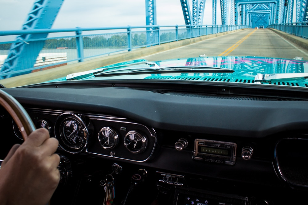 21 1965 Ford Mustang Dash