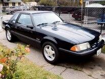 M5lp_0606_basics_01_z 1989_mustang_5_lug_conversion Mustang_front_view