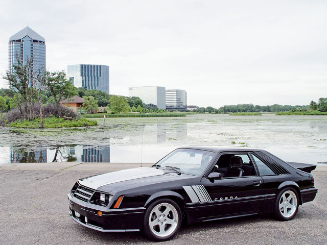 M5lp 0605 01z 1982 Ford Mustang Gt Left Front View