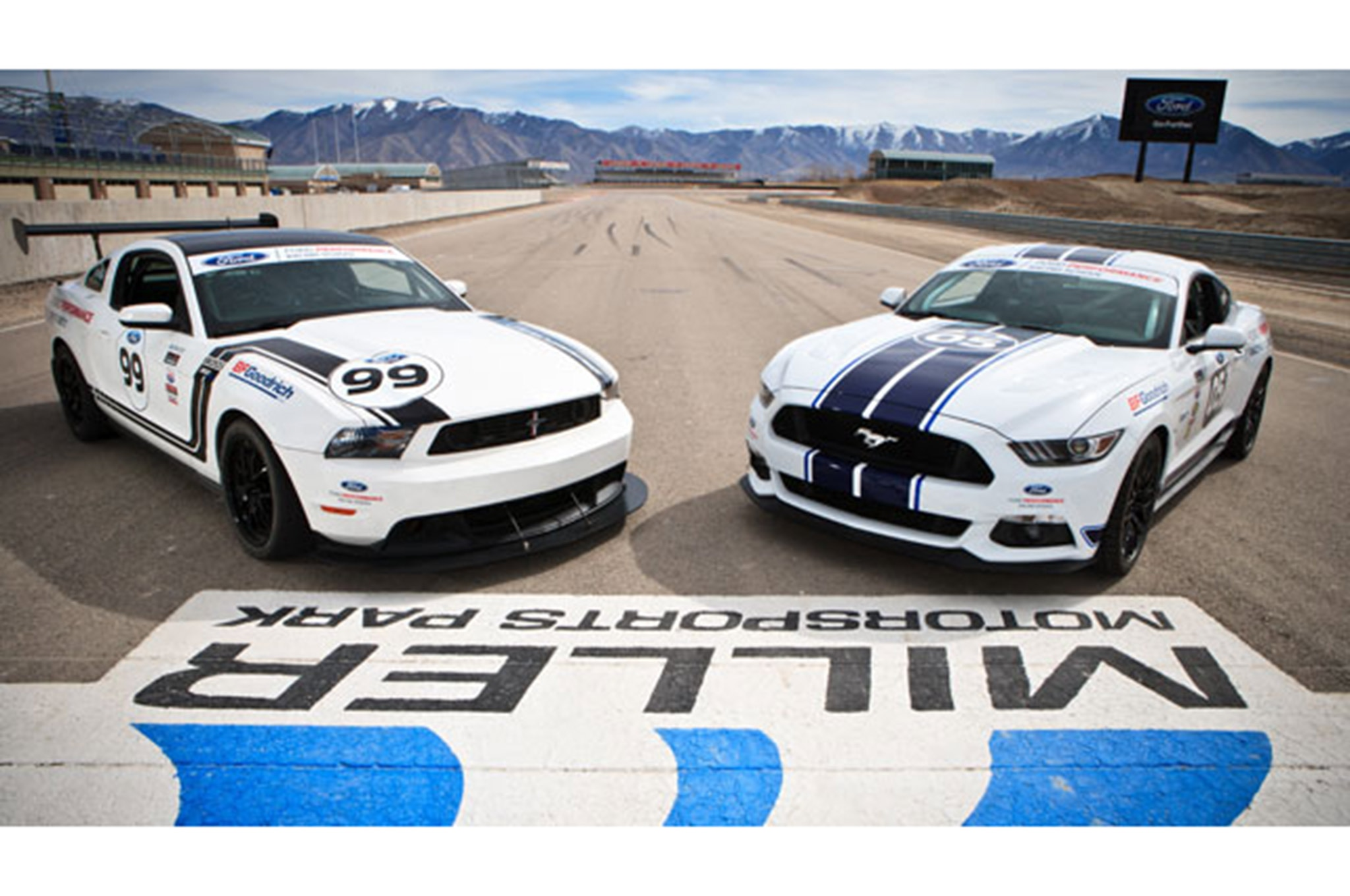 Shelby Mustang Gt350 Track 002