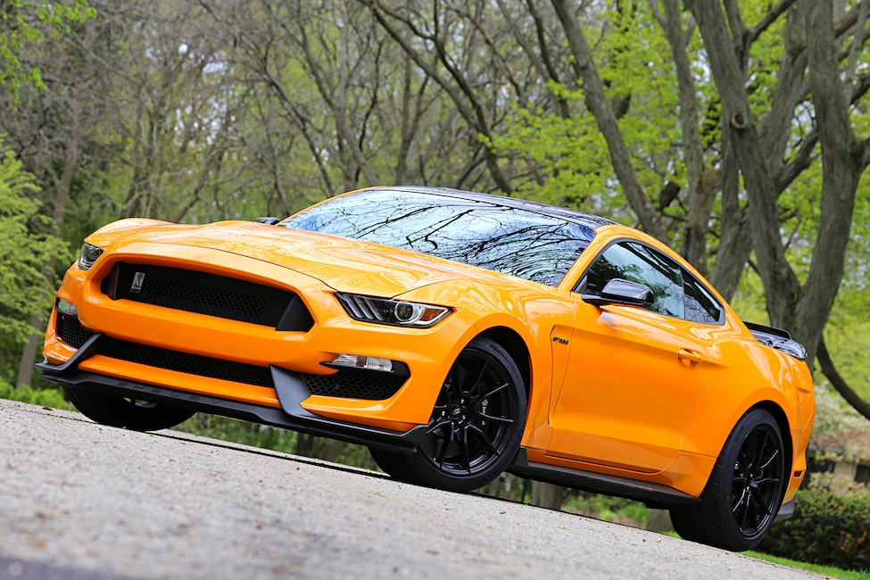 2019 Shelby GT350 Drive Gallery 720
