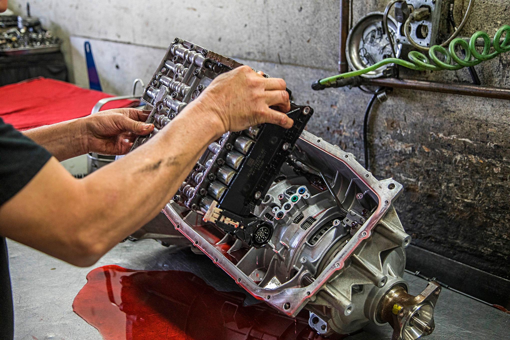 003 Mustang 6r80 Transmission Valve Body - Photo - Prepping