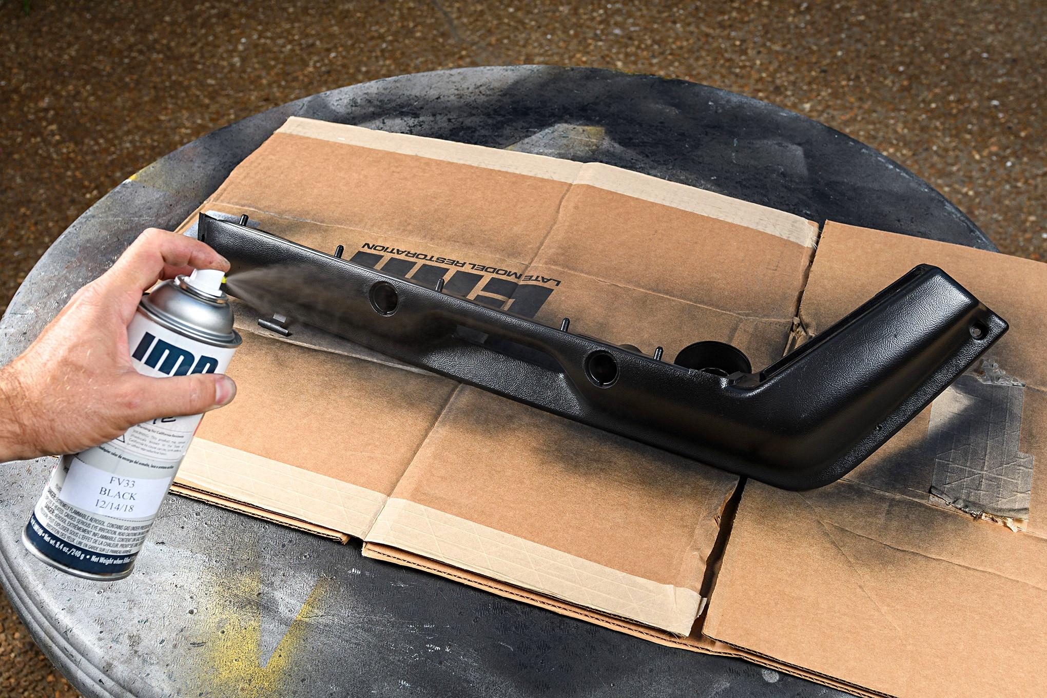 004 Mustang Door Arm Rest Paint