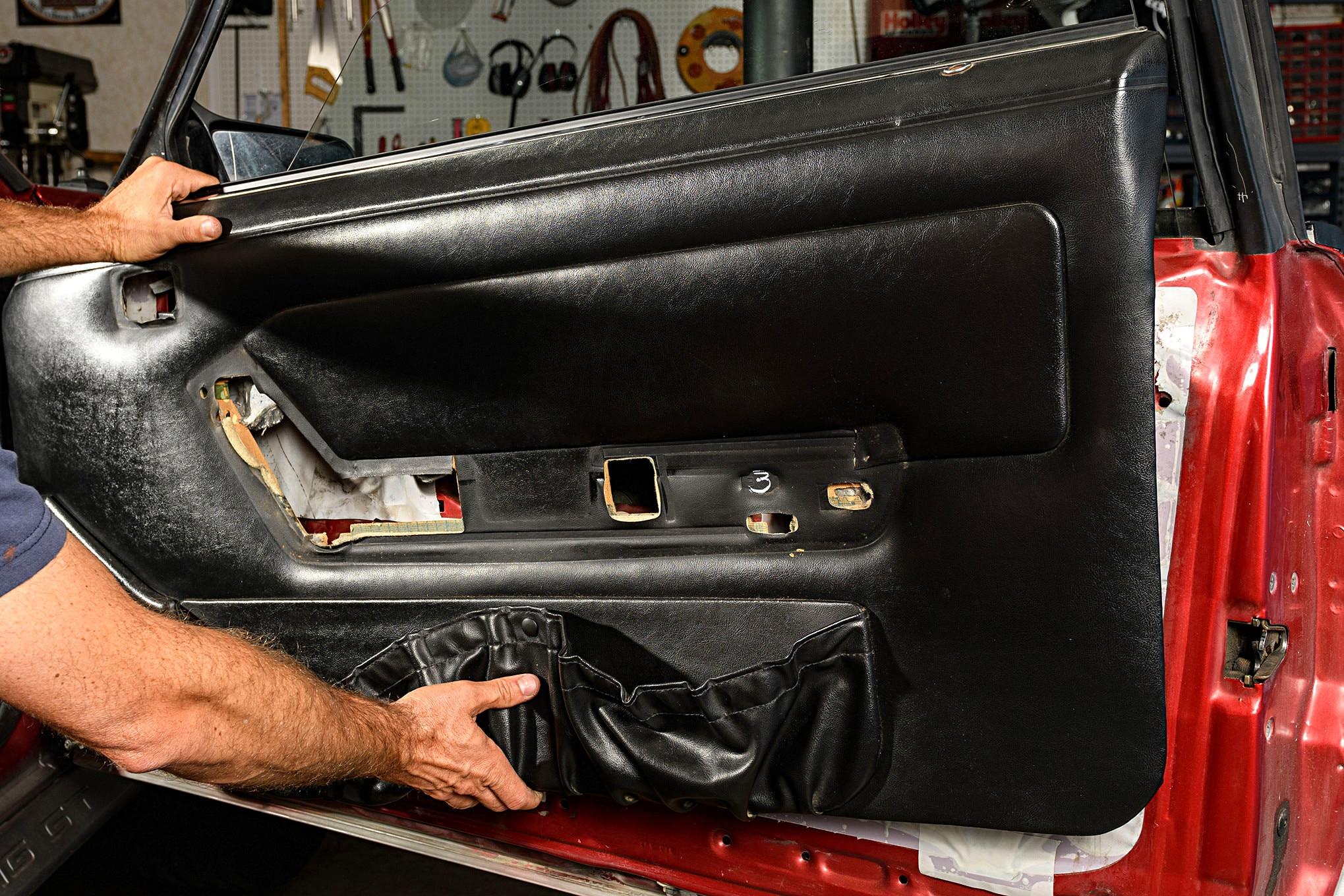 009 Mustang Door Panel Removal Black