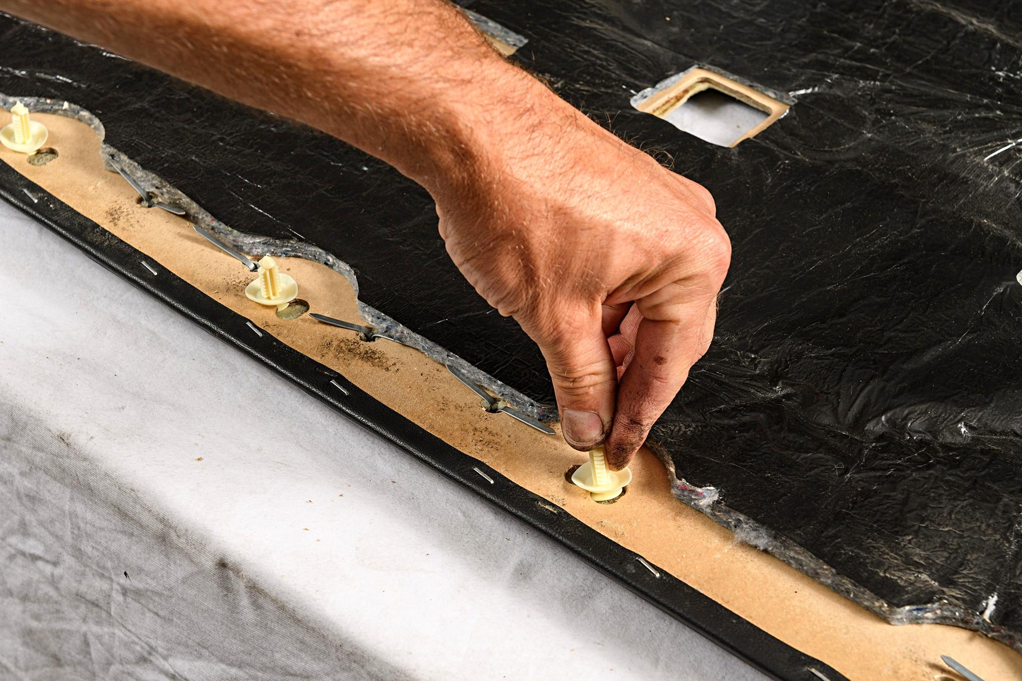 016 Mustang Door Panel Push Pin Installation