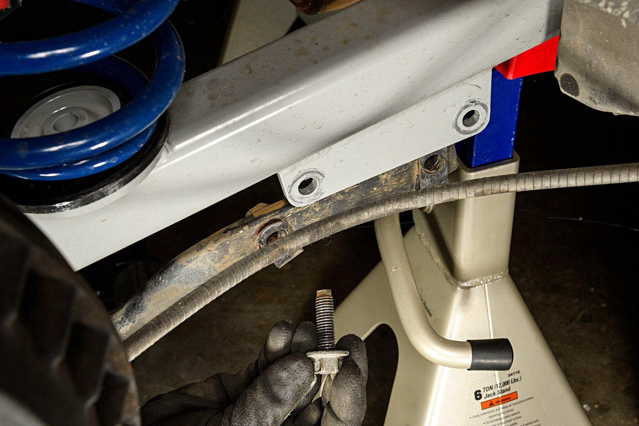 024 Mustang Rear Sway Bar Removal