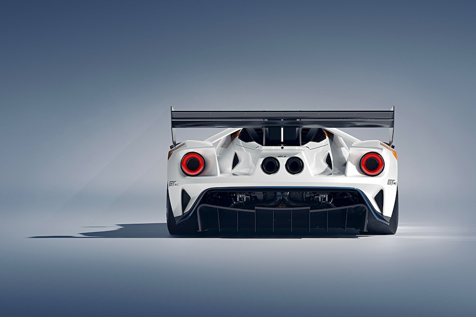 9 Ford GT MKII Goodwood Announcement_Gallery