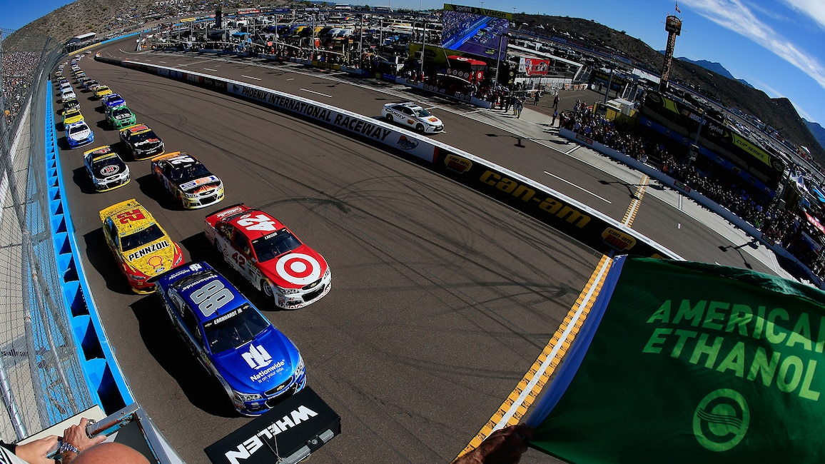 Phoenix International Raceway NSCS Green Flag